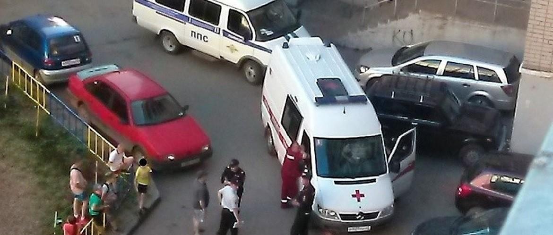 Почему водители скорой помощи паркуются как м#даки