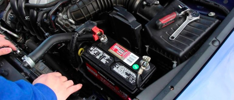 Как завести машину, если сел аккумулятор? (самостоятельно, без посторонней помощи)