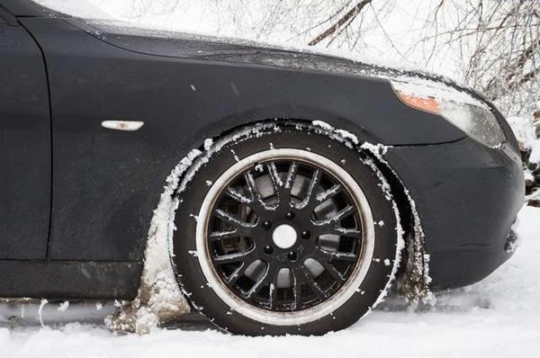 Чем обработать колесные арки от налипания снега