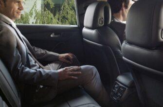 Обязательно ли пристегиваться на заднем сидении