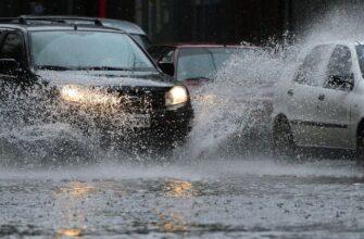 как ездить в дождь на машине