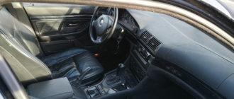 Для чего чеченские водители оставляют свои машины открытыми и с ключами в замке зажигания