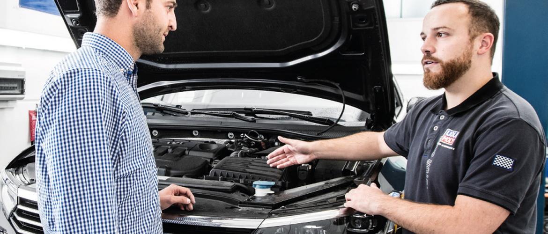 Как заводить машину на механике
