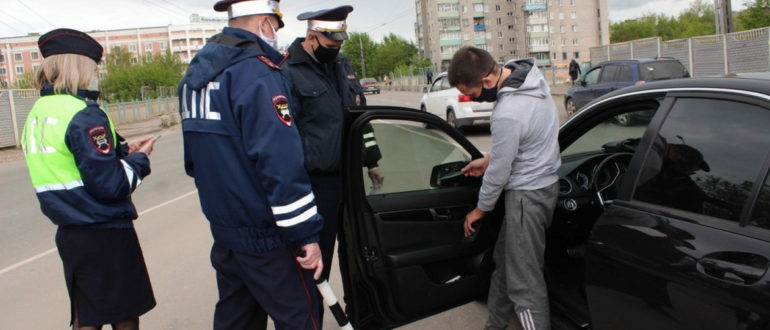 Ответы инспектору ДПС за которые грозит штраф от 15 до 40 тысяч рублей