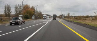 Что значит желтая разметка на дороге справа