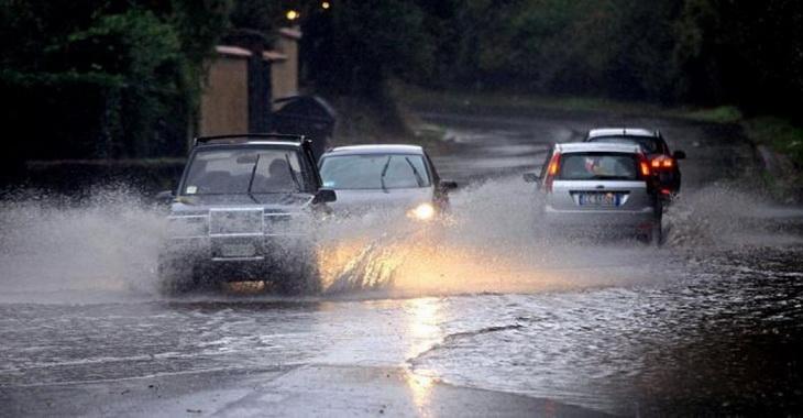 Как ездить в дождь на машине новичкам